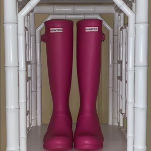 Hunter Matte Bubblegum Pink Tall Rainboots